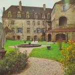 statue de Sainte Claire_Abbaye-Sainte-Claire_sarlat