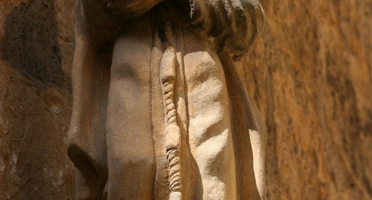 statue_saite_claire_Abbaye-Sainte-Claire_sarlat