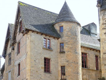 Hôtel_de_Royère-Roquefeuil_Sarlat_dordogne