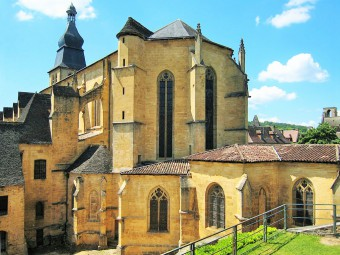 cathedrale_saint_sacerdoce_sarlat