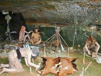 grottes-du-roc-de-cazelle_l