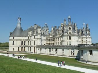1280px-Château_de_la_Loire_Chambord