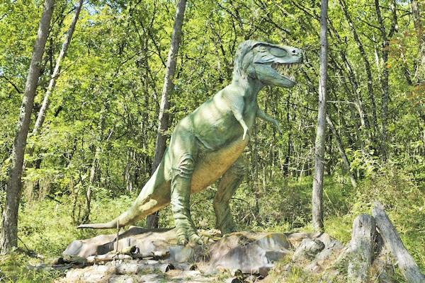 le conquil parc aux dinosaures saint-leon-sur-vezere
