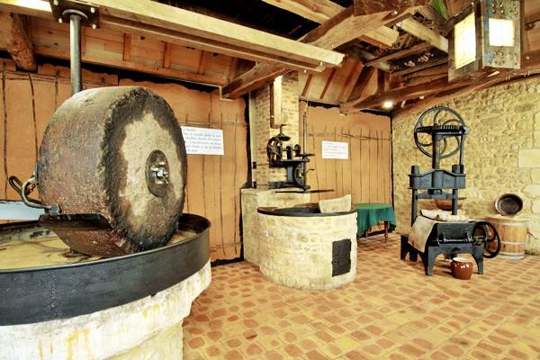 Eco musée de la noix_castelnaud_dordogne