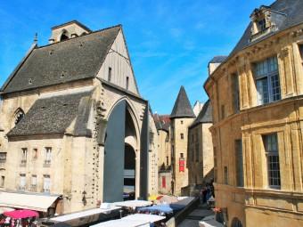 eglise sainte Marie Sarlat la Canéda_Périgord_dordogne