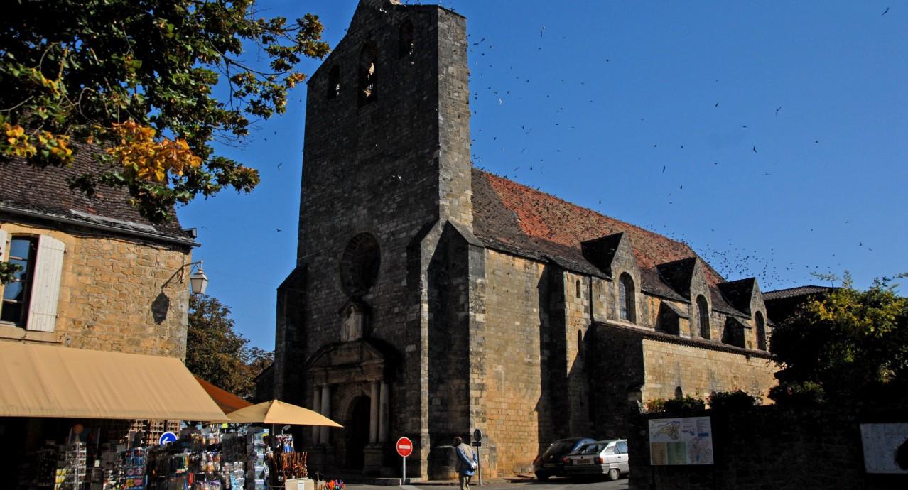 Eglise de domme en dordogne