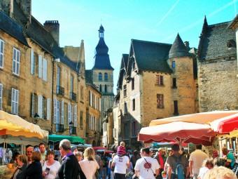 marché_place_de_la_liberté